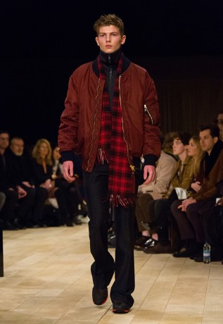 burberry-fall-winter-2016-collection-06-317x460